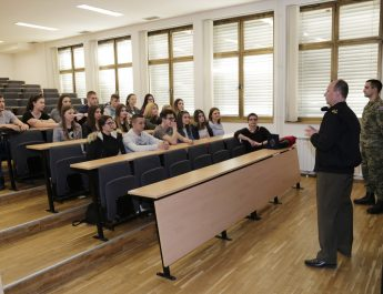 Posjet 3.ak razreda -Hrvatskom vojnom učilištu dr. Franjo Tuđman